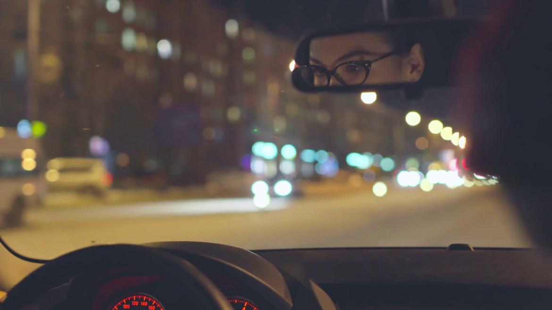 Gece araba kullanmak